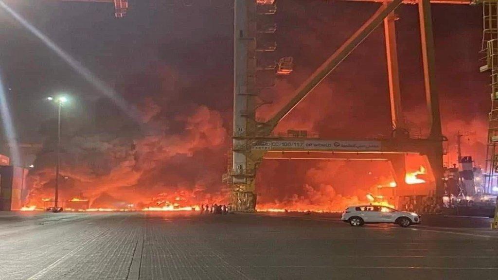 معاريف: انفجار كبير في ميناء جبل علي بدبي