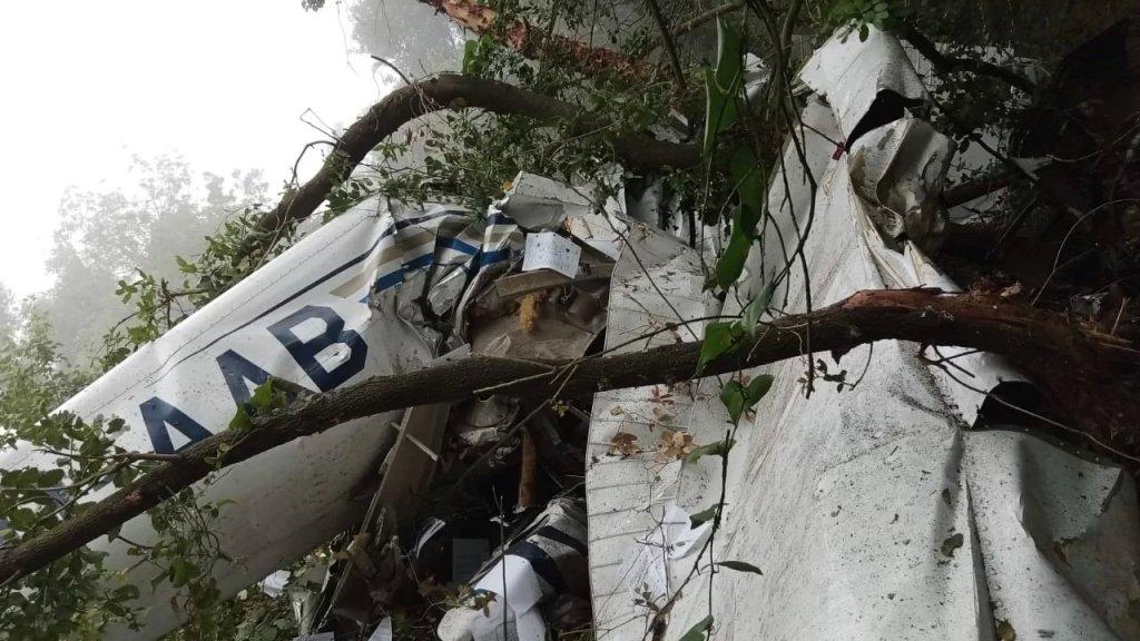 الطيران المدني: الطائرة سقطت في غوسطا بعد انحرافها عن مسار خطة طيران تمت الموافقة عليها مسبقاً ووزير الأشغال شكل لجنة تحقيق تضم خبراء مختصين للتحقيق بهذا الحادث