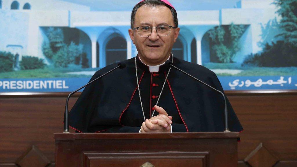 السفير البابوي من بعبدا: لا يمكن العيش دائماً من خلال المساعدات التي تأتي من الخارج