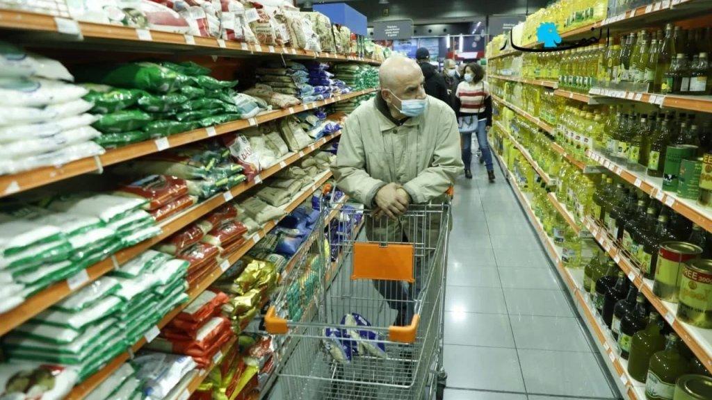 مرصد الأزمة: الأكثرية الساحقة من الأسر في لبنان ستجد صعوبة في تأمين قوتها... لبنان قد يتحوّل إلى فنزويلا المتوسط قريباً