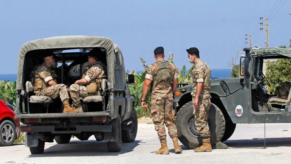 الجيش يوقف 10 مواطنين ويضبط أكثر من 12 ألف ليتر بنزين و5500 ليتر مازوت معدة للتهريب إلى سوريا