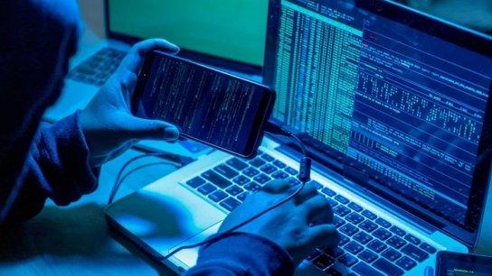 """ضجة كبيرة أحدثها برنامج التجسس """"بيغاسوس"""".. هكذا يمكنك التحقق ما إذا تم اختراق هاتفك!"""