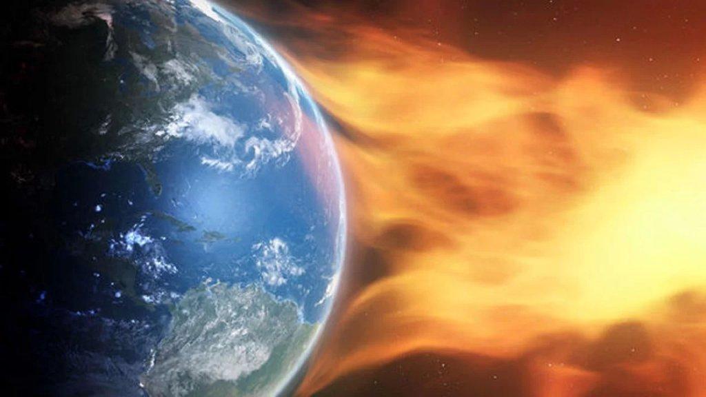"""عاصفة شمسية قادمة.. توقع """"انفجار توهجّ شمسي"""" قد يضرب الأرض اليوم!"""