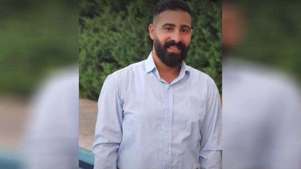 فاجعة اصطدام شاحنة بعدد من السيارات عند محطة كورال - اوتوستراد الناعمة أدت إلى وفاة الشاب محمود دلباني