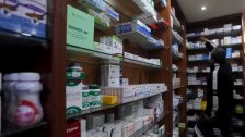 نحو 150 دواءً من أدوية الأمراض السرطانية غير موجودة في مستودع الكرنتينا.. أزمة الدواء تكبر: لا استيراد ولا توزيع ولا بَيع!