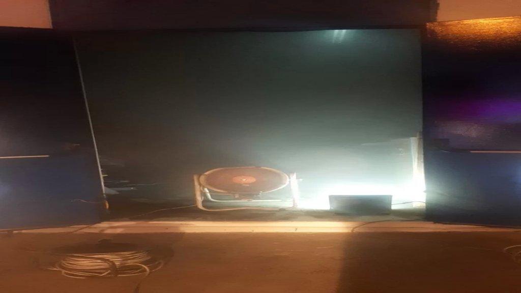 بالصور/ الدفاع المدني أخمد حريقاً شب في محولات ولوحات فواصم كهربائية داخل معمل الزهراني الحراري