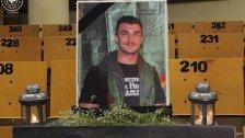 صورة الملازم الراحل رضا ابراهيم على مقعده في قاعة الامتحانات في كلية العلوم الاقتصادية وإدارة الأعمال في الجامعة اللبنانية
