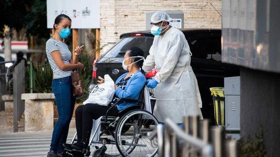 """""""عودة الوباء"""".. الصين ترصد بؤرًا جديدة في أسوأ تفشٍ منذ شهور"""