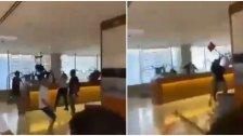 """بالفيديو/ إشكال وتكسير داخل أحد المطارات... وتوضيح لأمن مطار بيروت: """"الشريط مفبرك وهو في مطار آخر ونتمنى عدم الأخذ في الشائعات التي تهدف إلى ضرب صورة لبنان وسمعته"""""""