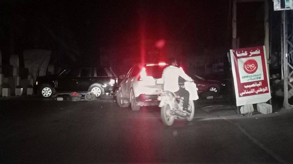 قطع طريقي السكسكية والبابلية احتجاجا على توقف المولدات الكهربائية عن العمل