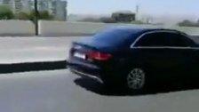 بالفيديو/  شبان رشقوا موكب حاكم مصرف لبنان رياض سلامة بالبيض لدى مغادرته القصر الجمهوري