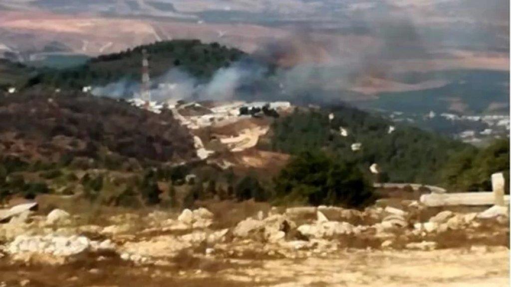 إندلاع حريق في محيط موقع هونين العسكري التابع للإحتلال الإسرائيلي قبالة بلدة مركبا الحدودية