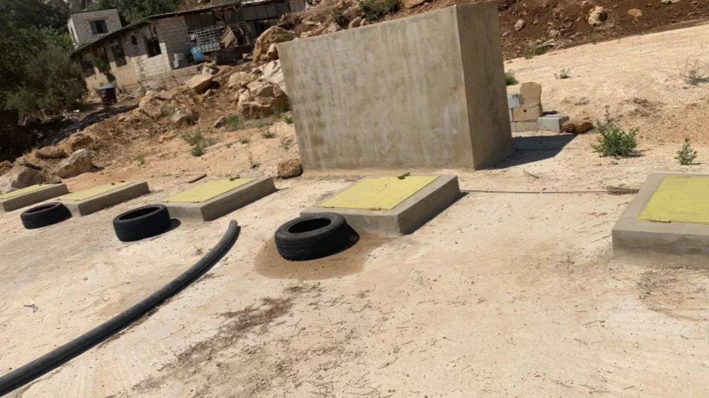 بالصور/ المداهمات مستمرة... الجيش يصادر 200 ألف ليتر من مادة المازوت في منطقة راس المتن!