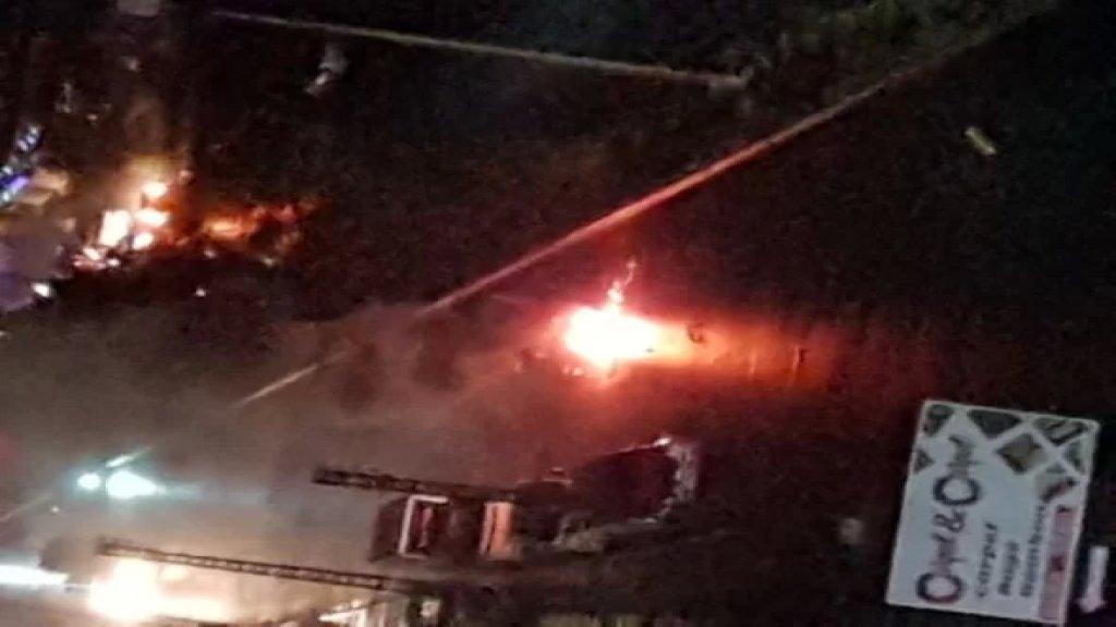 المحتجون قطعوا اوتوستراد فؤاد شهاب وطلعة جسر الخناق وطرقا أخرى في طرابلس
