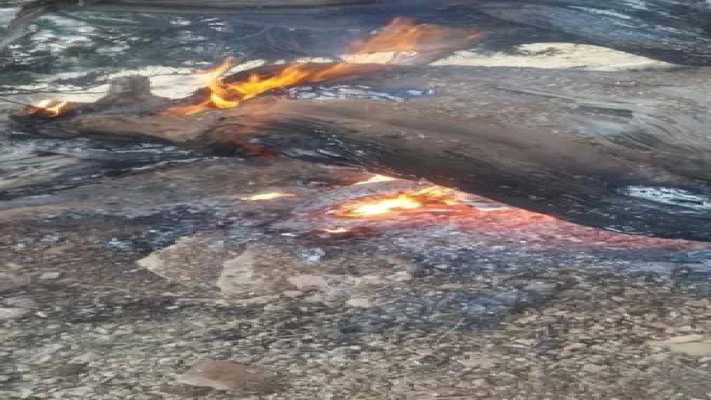 تجدد الحريق في وادي فعرة وسط تخوّف من امتداد الحريق إلى جرود الهرمل والأهالي يناشدون عبر موقع بنت جبيل الجيش اللبناني للتدخل