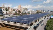 """""""هجمة"""" غير مسبوقة على الطاقة الشمسية في لبنان.. خيار الميسورين لتعويض انقطاع الكهرباء"""