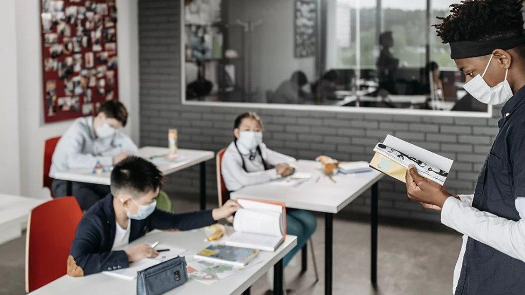 إغلاق أكثر من 1000 مدرسة في 31 ولاية أميركية بسبب الوباء!