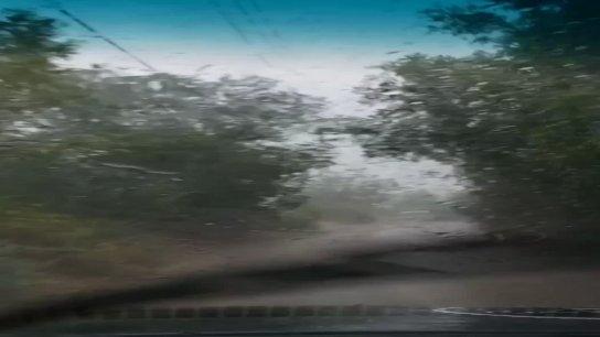 بالفيديو/ أولى بشائر الخير.. الأمطار تتساقط في عكار وتطفئ الحريق الذي اندلع قبل يومين في وادي جهنم