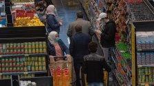 نقيب مستوردي المواد الغذائية :أسعار السلع بدأت بالإنخفاض ولا أتبنى أي تاجر يبقي أسعاره مرتفعة