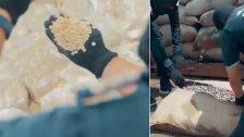 """بالفيديو/ السعودية تحبط محاولة تهريب كمية ضخمة من الكبتاغون مخبأة داخل """"كاكاو"""""""