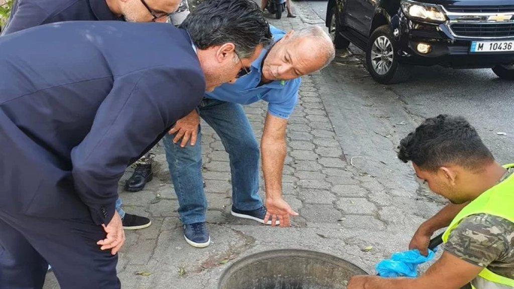جولة تفقدية لوزير الاشغال في ورش تعزيل أقنية تصريف مياه الأمطار