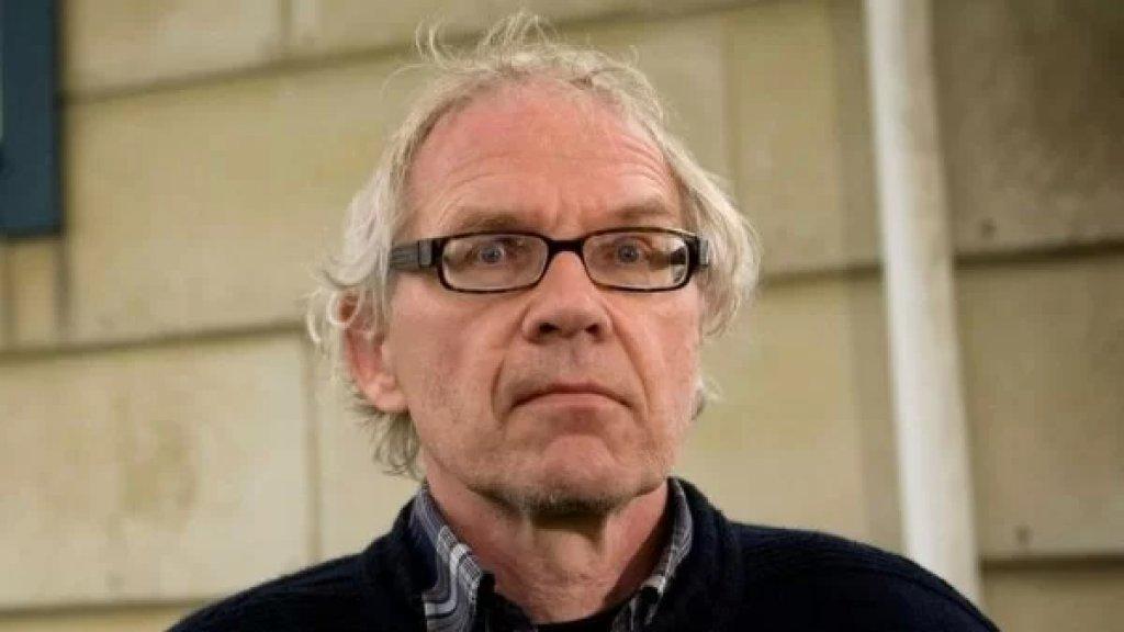 """بعد مقتل رسام الكاريكاتور لارس فيلكس """"حرقًا"""" في حادث سير.. الشرطة السويدية تستبعد فرضيّة الإعتداء"""