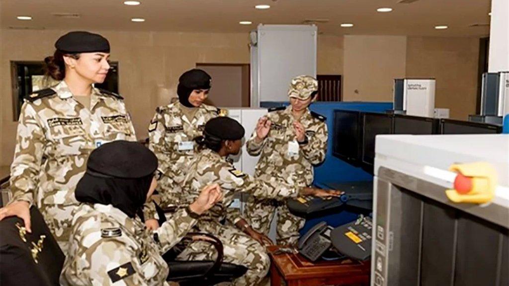 الكويت تسمح للنساء الكويتيات بالإلتحاق بالجيش