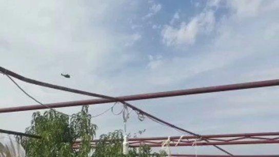 بالفيديو/ الجيش: عمليات البحث عن مفقودين كانوا على متن الطائرة التي سقطت قبالة حالات مستمرة