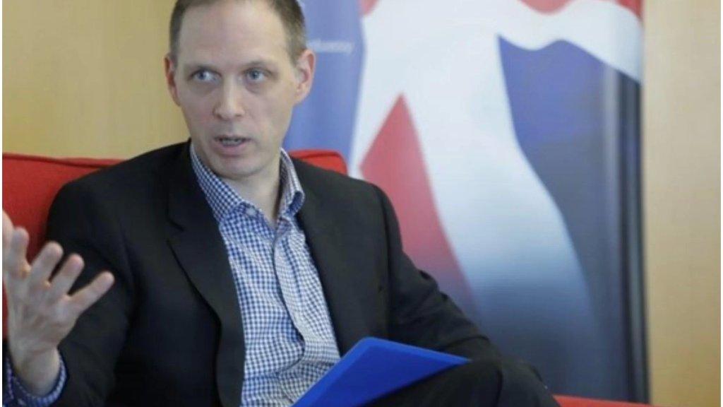 السفير البريطاني: أحداث مقلقة في بيروت اليوم ومقلق رؤية التأثير على الأطفال والعائلات.. أدعو إلى ضبط النفس من قبل جميع الجهات