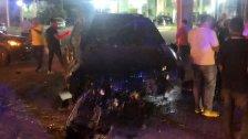 بالصور/ تعرض الفنان وائل كفوري لحادث سير قوي على طريق جبيل
