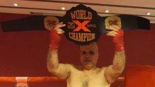 اللبناني مازن قيس بطل العالم للمحترفين في ماسترز الملاكمة في إيطاليا